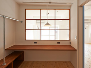 豪徳寺のマンションリノベーション 佐賀高橋設計室/SAGA + TAKAHASHI architects studio オリジナルデザインの 書斎