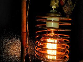 LAMPARA CAÑOS HIERRO OXIDO ESTILO INDUSTRIAL Lamparas Vintage Vieja Eddie EstudioIluminación Hierro/Acero