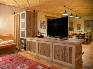 RI-NOVO Living roomTV stands & cabinets Wood