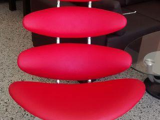 Disegnos Muebles ВітальняДивани та крісла