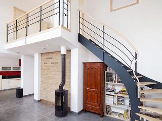 Maison Passive O2 Concept Architecture Salle à manger moderne Métal Blanc
