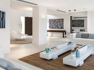 GSI Interior Design & Manufacture Salones minimalistas Blanco