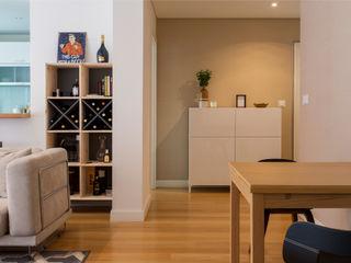 Traço Magenta - Design de Interiores Salon moderne Bois Beige