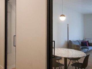 Ostiense House #02 Manuela Tognoli Architettura Ingresso, Corridoio & Scale in stile moderno