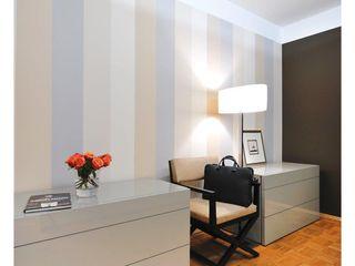 Heerwagen Design Consulting Modern Corridor, Hallway and Staircase