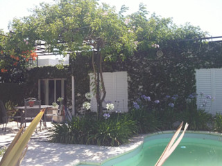 milena oitana Classic style garden