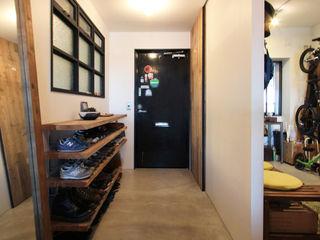 vintage×sozai nuリノベーション Koridor & Tangga Minimalis