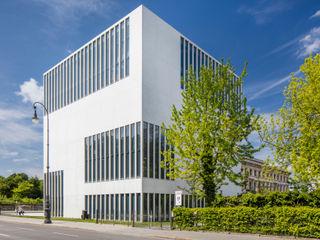 SICHTKREIS.COM Architekturfotografie Berlin Museums Concrete White