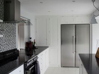 Sussex Cottage Tim Jasper Modern style kitchen