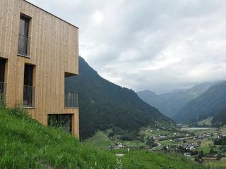 EXIT architects 現代房屋設計點子、靈感 & 圖片