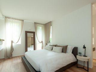 Studio Associato Casiraghi Minimalist bedroom White