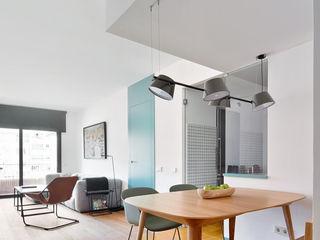 BONBA studio Scandinavian style dining room