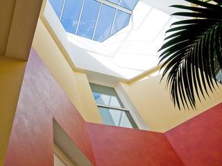 Maison asymétrique originale et colorée Pierre Bernard Création Murs & Sols originaux