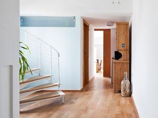Zoom Urbanismo Arquitetura e Design Koridor & Tangga Minimalis