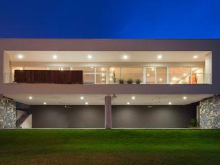 URBN Modern houses Beige