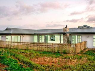 CA Architects Minimalist balcony, veranda & terrace