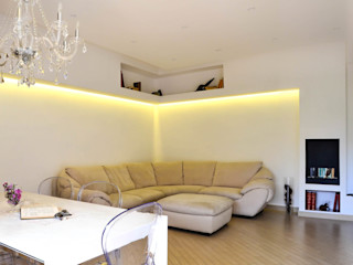 Minimal Living Vs. Liberty! Luca Bucciantini Architettura d' interni Soggiorno minimalista Bianco