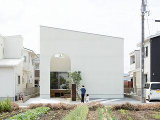 ALTS DESIGN OFFICE Дома в скандинавском стиле Дерево Эффект древесины