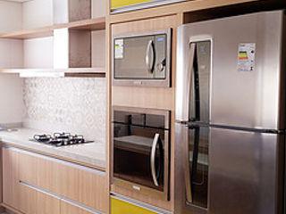 Ponta Cabeça - Arquitetura Criativa КухняСтільниці MDF Жовтий