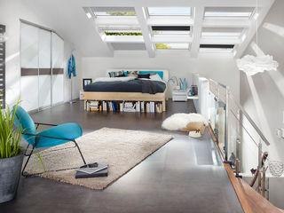 Elfa Deutschland GmbH Dormitorios modernos: Ideas, imágenes y decoración Marrón