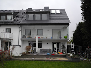Ausbau Balkon zu Sportbereich SIMONE JÜSCHKE INNEN ARCHITEKTUR Moderner Balkon, Veranda & Terrasse