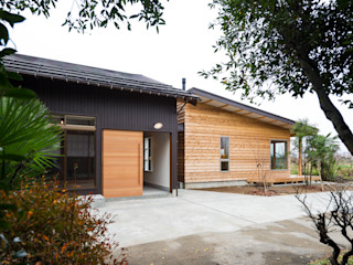 エヌ スケッチ Eclectic style houses