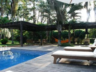 Eduardo Novaes Arquitetura e Urbanismo Ltda. 泳池