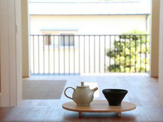 Mimasis Design/ミメイシス デザイン Balkon, Beranda & Teras Gaya Eklektik Kayu Wood effect