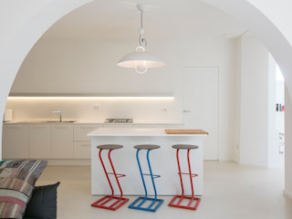 mc2 architettura Cocinas de estilo mediterráneo