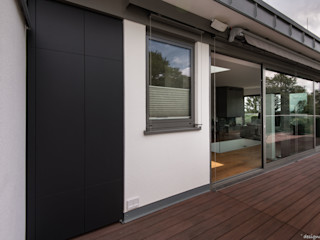 design@garten - Alfred Hart - Design Gartenhaus und Balkonschraenke aus Augsburg Balcon, Veranda & TerrasseMobilier Bois composite Noir