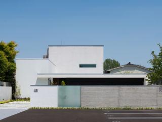 株式会社ブレッツァ・アーキテクツ Casas de estilo moderno Blanco