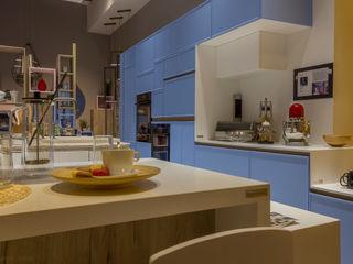CASA DECOR 2016 - COCINAS Kalaspy Cocinas de estilo moderno Azul