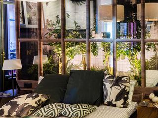 CASA DECOR 2016 - DORMITORIOS Kalaspy Dormitorios de estilo moderno