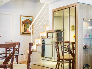 Juliana Lahóz Arquitetura Modern Dining Room