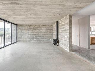 La Desarrolladora Living room Concrete Grey