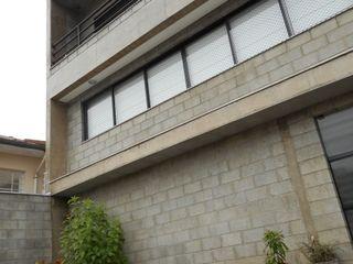 Metamorfose Arquitetura e Urbanismo Casas de estilo rústico Hormigón