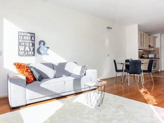 Aileen Martinia interior design - Amsterdam Salones de estilo escandinavo Vidrio Naranja