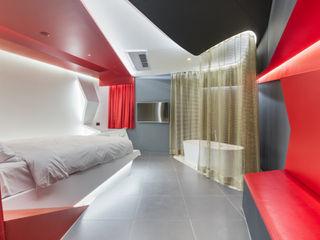 Libertango(Hotel The Designers Gangnam 1706) Seungmo Lim 모던스타일 침실 화이트