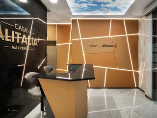 Studio Marco Piva Moderner Flur, Diele & Treppenhaus Bernstein/Gold