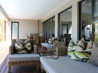 Margaret Berichon Design Patios & Decks Wood Beige