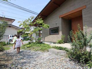 藤松建築設計室 GartenPflanzen und Blumen