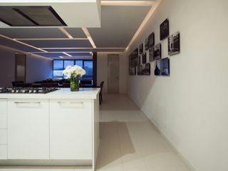 HO arquitectura de interiores Pasillos, vestíbulos y escaleras de estilo moderno