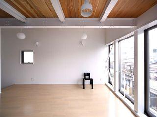 6th studio / 一級建築士事務所 スタジオロク Living room White