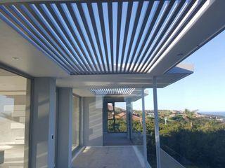 Rudman Visagie Balcones y terrazas de estilo moderno