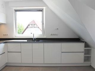 Agence ADI-HOME Dapur Modern Komposit Kayu-Plastik White