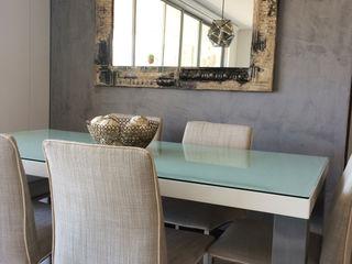 Cristina Cortés Diseño y Decoración Dining roomAccessories & decoration Perunggu Grey