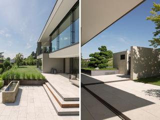 meier architekten zürich Balkon, Beranda & Teras Modern Beige