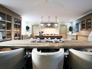 JSD Interiors مطبخ ذو قطع مدمجة خشب