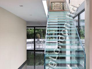Glass stairs Railing London Ltd Modern corridor, hallway & stairs Glass Transparent