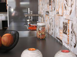 Unsere Küchenausstellung in Schwabach Küchen Häupler Moderne Geschäftsräume & Stores MDF Grau